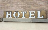 four star hotel malta - 1