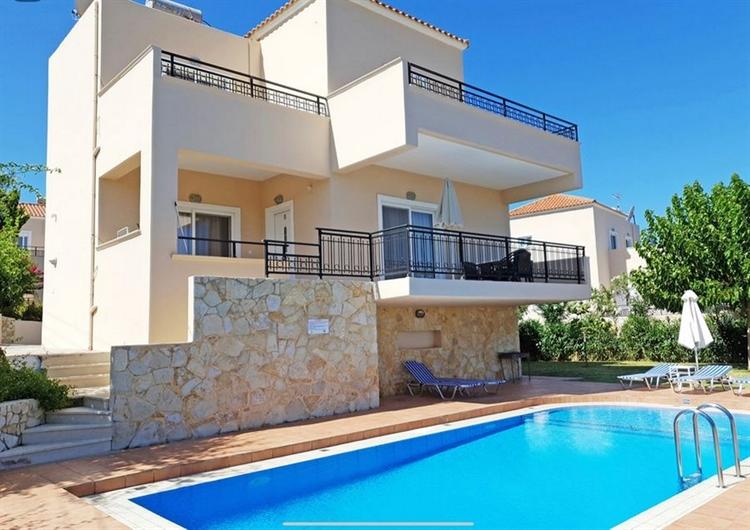 complex eight villas with - 7