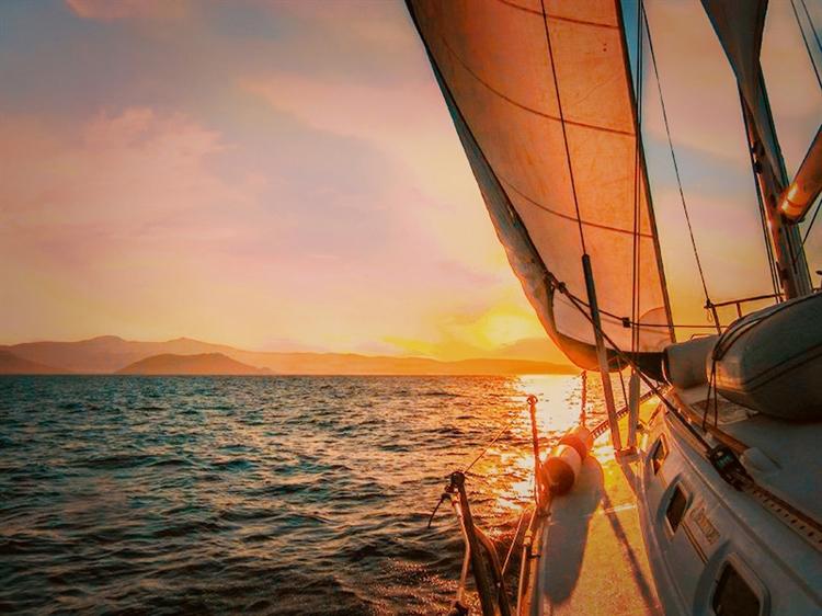 successful sailing tours company - 4