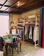 well established clothing shop - 3