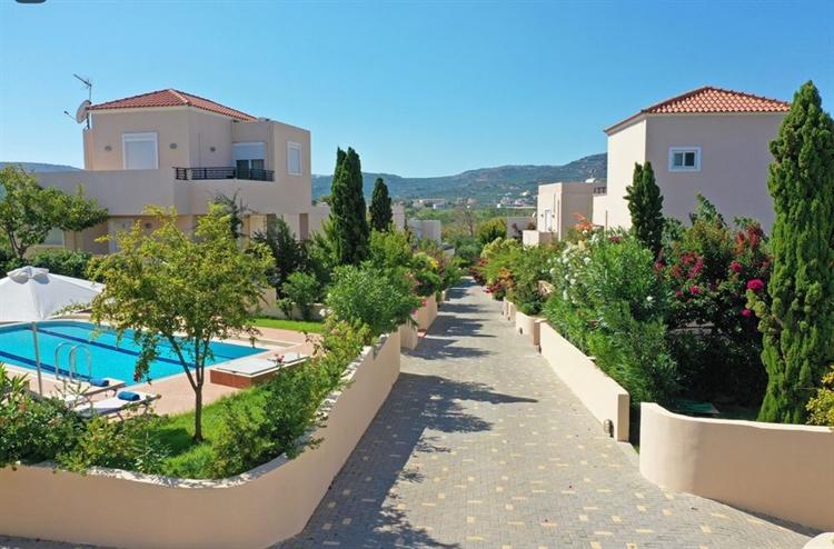 complex eight villas with - 4